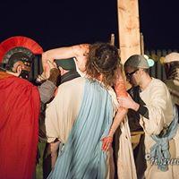 Settimana Santa in Puglia – Via Crucis al Parco Archeologico di Siponto (65)
