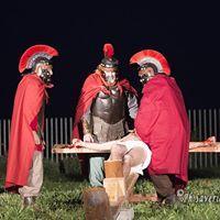 Settimana Santa in Puglia – Via Crucis al Parco Archeologico di Siponto (69)