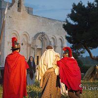 Settimana Santa in Puglia – Via Crucis al Parco Archeologico di Siponto (73)